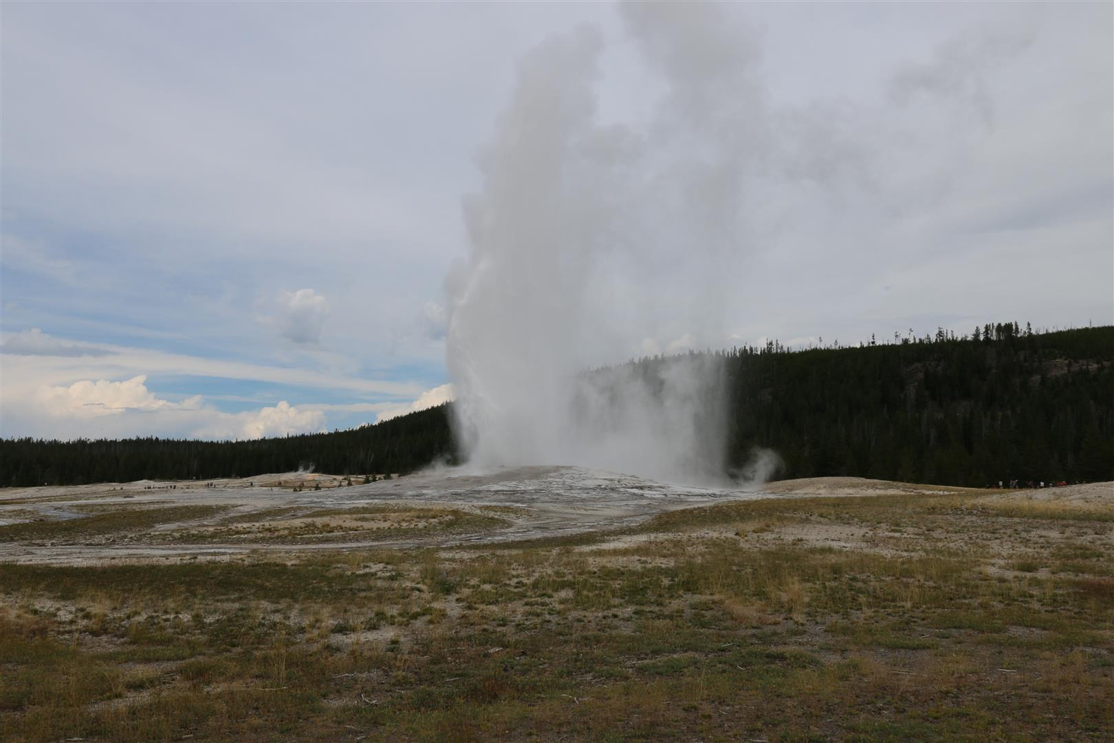 Old Faithful eruption