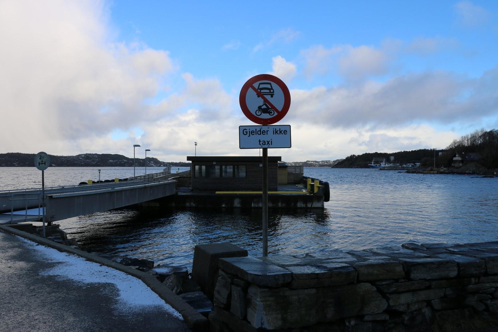 Forbudt å kjøre på sjøen, med mindre du er taxi